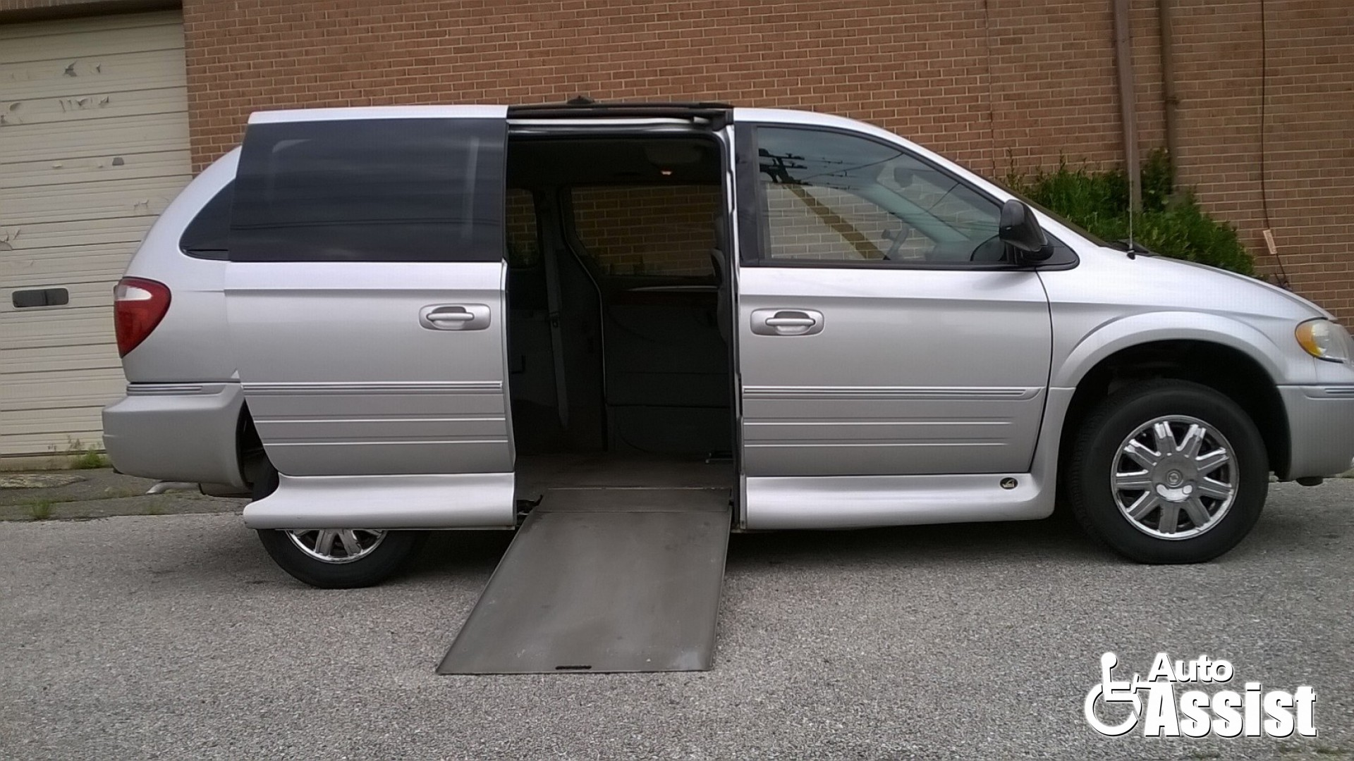 9ad28dbf27 2007 Chrysler Town and Country